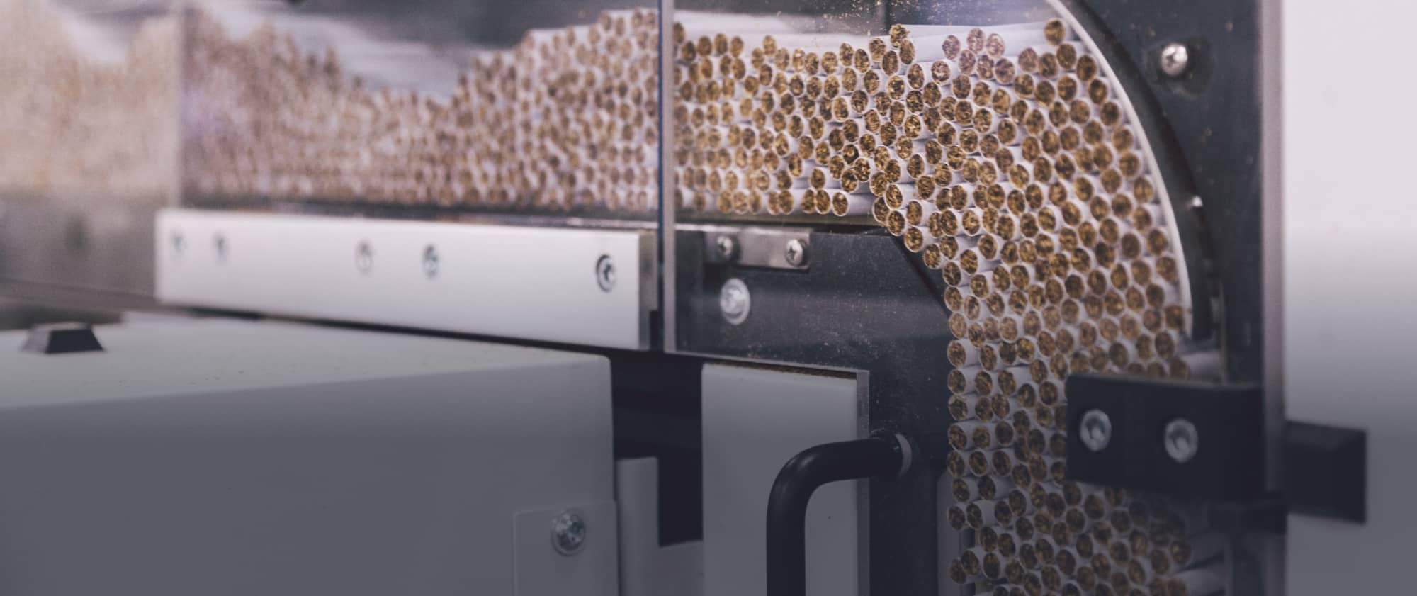 Hot Melt adhesive application in tobacco packaging